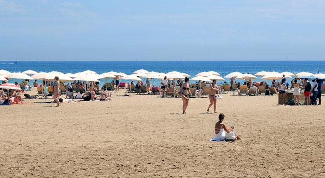 Playa de Sant Miquel - Visit Barcelona